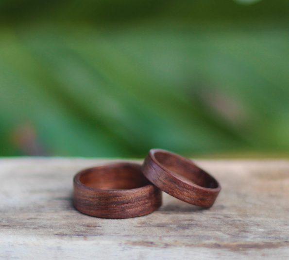 naraven lesen prstan