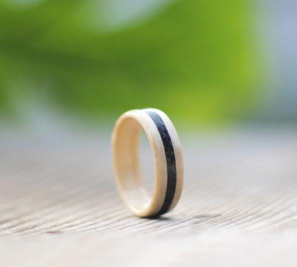 lesen prstan iz javorja in prodnika